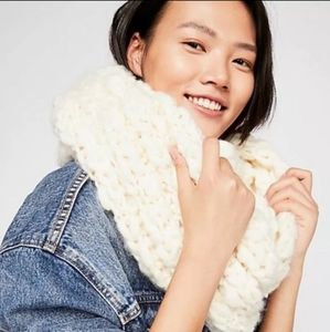 Free People Dreamland Infinity Chunky Knit Scarf